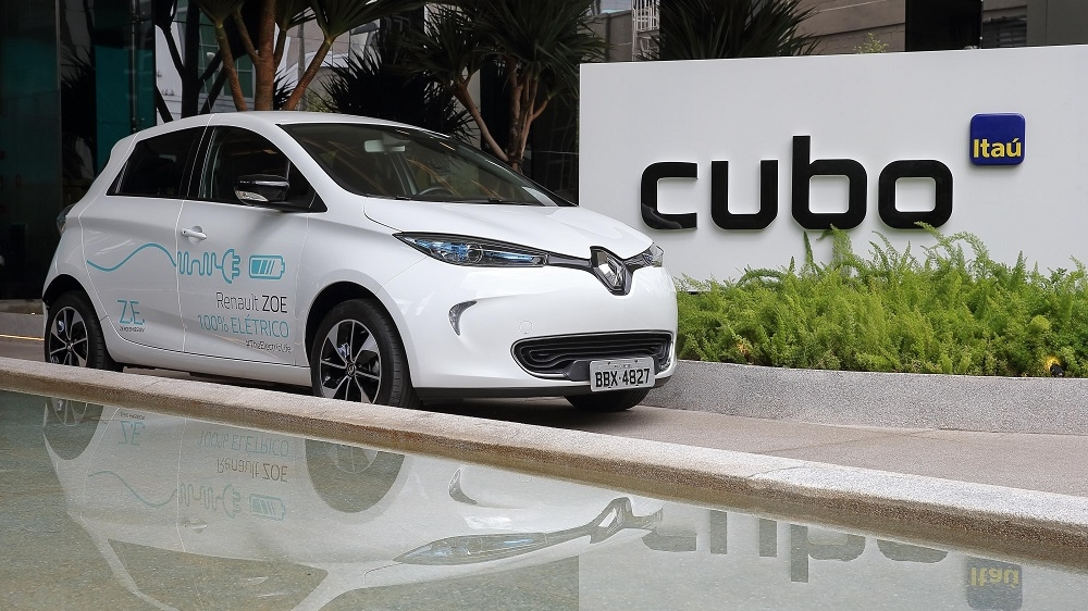 RENAULT OPENS INNOVATION LAB AT CUBO ITAÚ AND LAUNCHES CARSHARING PROJECT WITH ITS ZOE EV