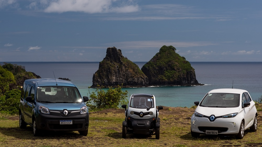 RENAULT DELIVERS FIRST ALL-ELECTRIC CARS TO FERNANDO DE NORONHA'S ADMINISTRATION